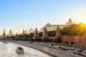 Unterscheiden sich die Verkehrsregeln von Russland zu den deutschen Vorgaben?