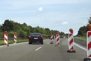 Auf dem Verkehrsübungsplatz werden verschiedene Fahrsituationen geübt.