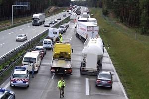 Auch auf dem Autobahnring kann es zu einem Verkehrsunfall in Frankfurt kommen.