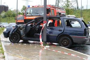 Das Verkehrsunfallrecht reglementiert die Ansprüche auf Schadenersatz.