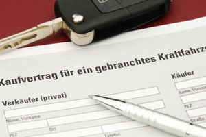 Das Verkehrsvertragsrecht regelt den Verkauf von Fahrzeugen.