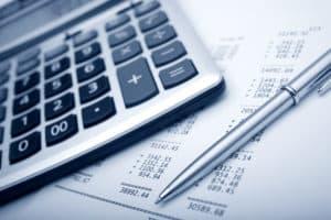 Bei einer Versicherung ist eine Prämie der Normalfall und diese muss gezahlt werden.