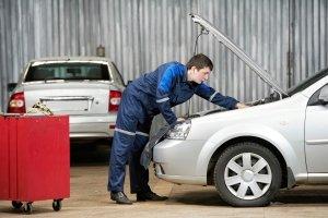 Beim VW-Passat reicht das Software-Update nicht immer aus: Ein Teil muss zusätzlich eingebaut werden.