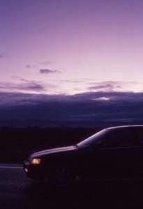 Der Warnblinker ist ein Warnzeichen für andere Verkehrsteilnehmer, zum Beispiel im Falle einer Panne