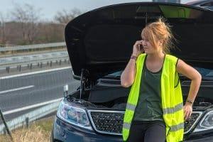 Gilt in Deutschland die Warnwestenpflicht auch im LKW?