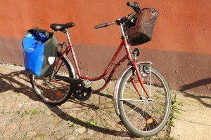 Wie pflege ich mein Fahrrad schonend? Auf Hochdruckreiniger sollte verzichtet werden.