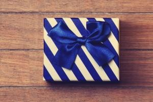 Geschenke bevorzugt: Wie hoch der Zollfreibetrag für Post ist, hängt von der Art der Sendung ab.