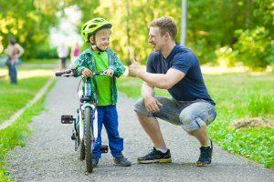 Die passende Zollgröße vom Fahrrad wird bei Kindern ebenfalls an ihrer Größe festgemacht.