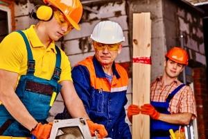Eine Zollprüfung zur Aufdeckung von Schwarzarbeit muss nicht angekündigt werden.